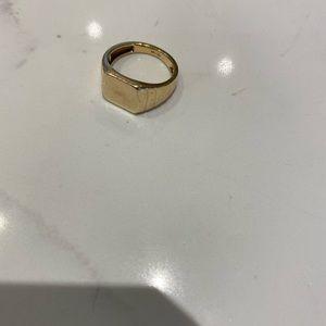 Mejuri square signet ring